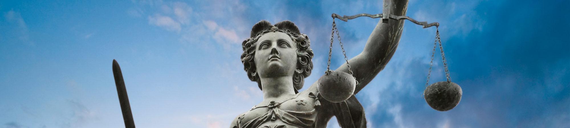 bufetes-de-abogados-madrid-balanza-justicia
